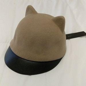 BCBG Maxazria Biege Wool Hat